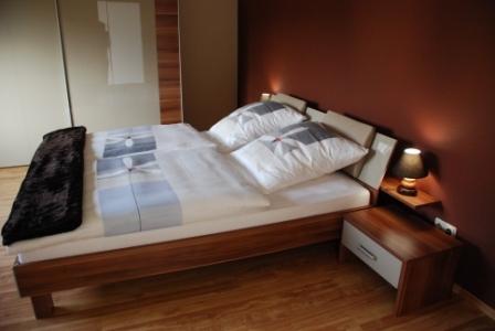 Moselperle Schlafzimmer 1